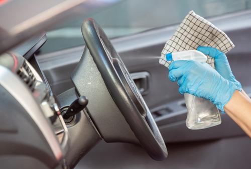 コロナウイルス対策で車内の掃除が盲点に